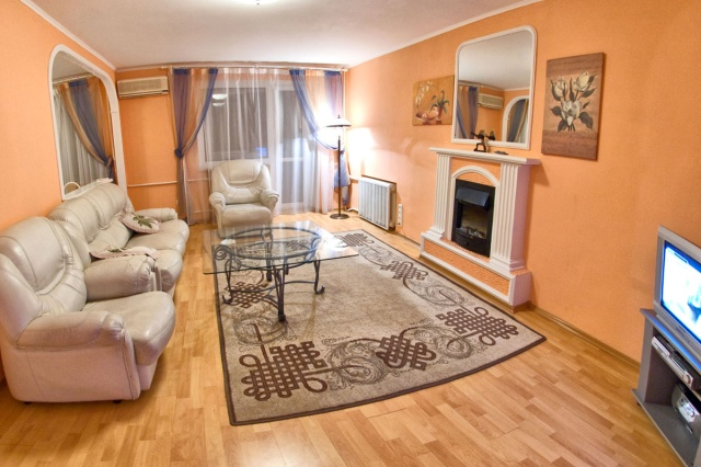 147- RENT KIEV APARTMENTS